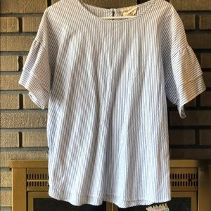 Fantastic fawn striped too with button closure